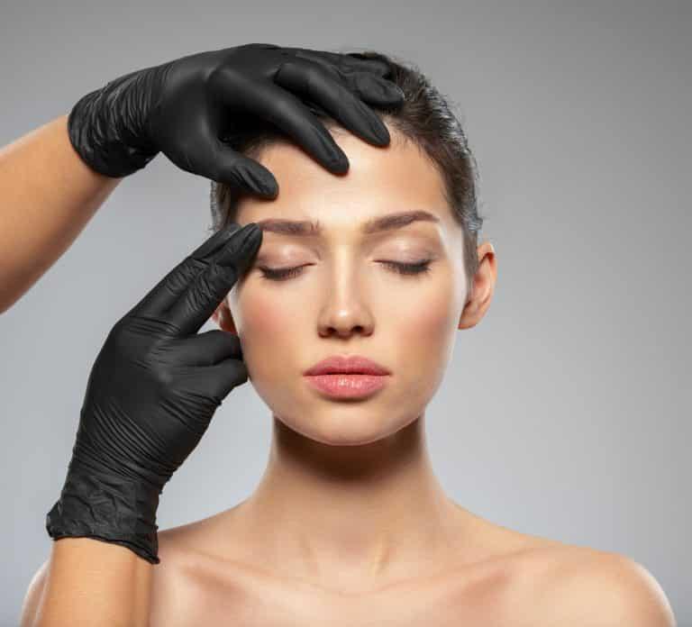 Lifting Facial, la manera efectiva de eliminar las arrugas