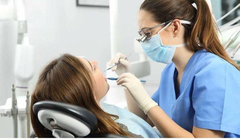 ¿Cómo Embellecer tu sonrisa con la cirugía oral?
