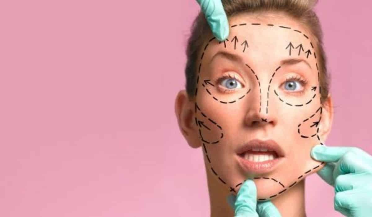 Qué es la cirugía estética Tipos y riesgos